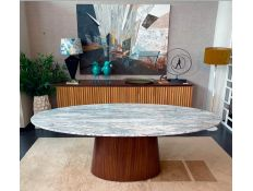 DINING TABLE OVAL ZEN