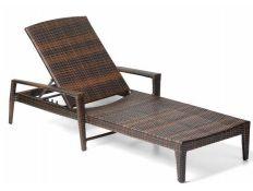 Chaise Lounge Banshee